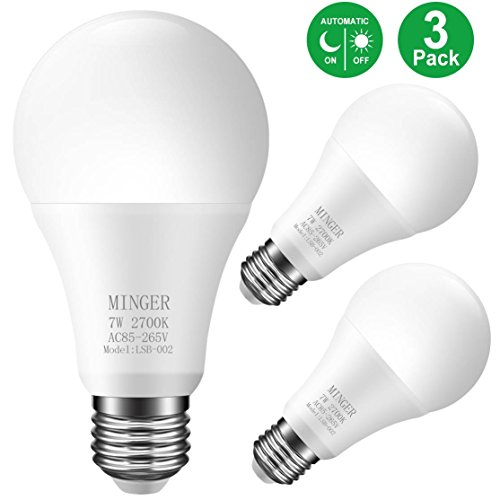 Sensor Light Bulbs Dusk to Dawn Light Bulb,Minger 7W Smart Automatic LED Bulbs with Auto on/Off, Indoor/Outdoor Lighting Lamp for Porch, Hallway, Patio, Garage (E26/E27, Soft White,3-Pack)