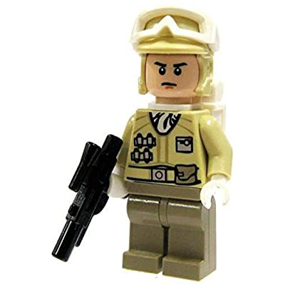 LEGO Star Wars Minifigure: Hoth Rebel Trooper with Blaster (Version 2): Toys & Games