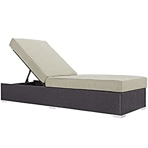 Convocar al aire libre Patio Chaise Lounge en Espresso, color beige