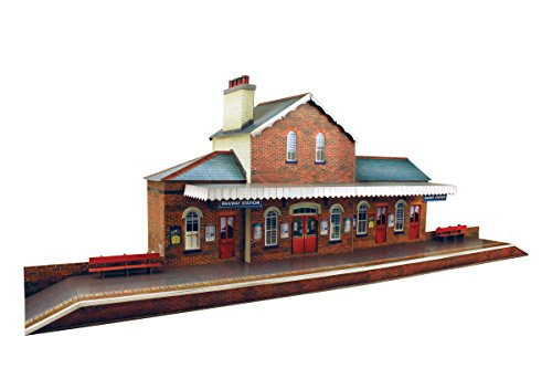 The CityBuilder O Gauge 7mm 1:48 Scale Model Railroad Building Railroad Station Kit
