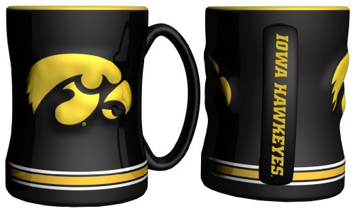 Iowa Hawkeyes 15 oz Relief Mug - Black