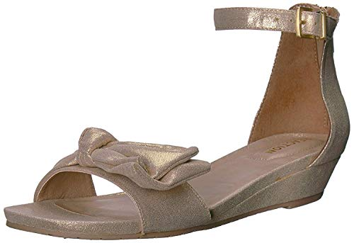Kenneth Cole REACTION Women's Start Low Wedge Sandal Bow Detail Metallic, Soft Gold, 6 M - Kenneth Sandals Metallic Cole