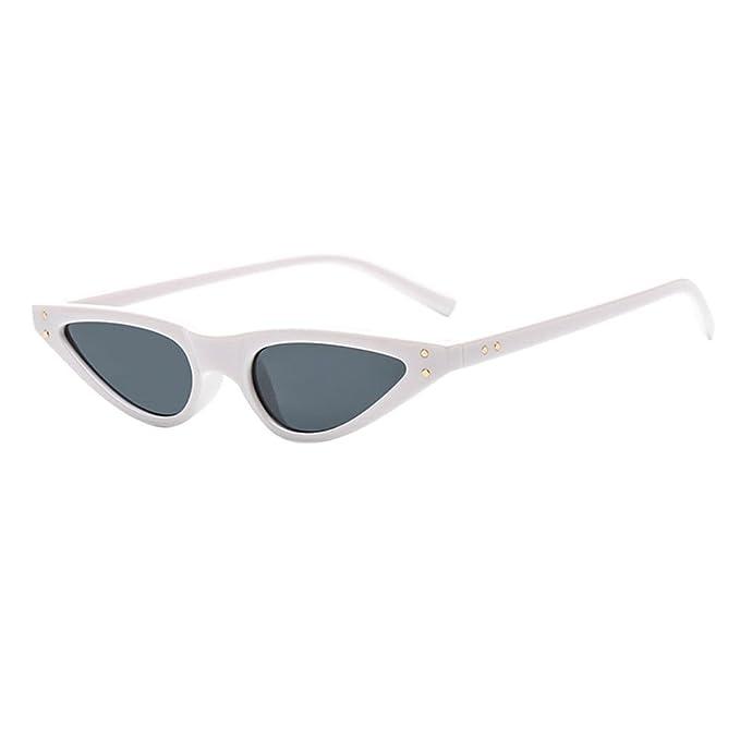 Hzjundasi Lunettes de Soleil pour Femmes,Triangle Steampunk Rivet Petit Œil de chat Plastique Cadre Lunettes Eyewear UV400-Etui & Chiffon