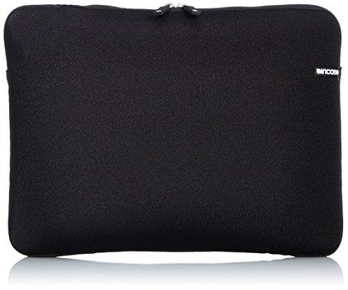 incase-08-neoprene-sleeve-for-15-inch-macbook-pro-black-cl57099