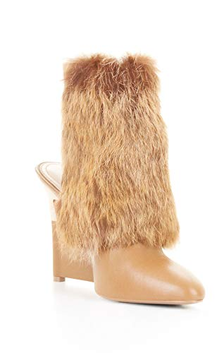 BCBGMAXAZRIA Women's Runway Tasia Light Camel Fur Bootie (6) ()