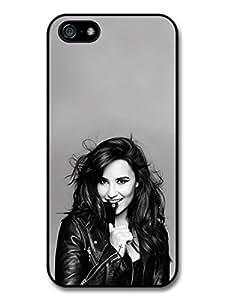 AMAF ? Accessories Demi Lovato Smiling Black & White Singer Popstar case for iphone 6 plus
