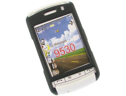 Snap On Rubberized Plastic Phone Protector Black and White Case For BlackBerry Storm 9530 9500 -