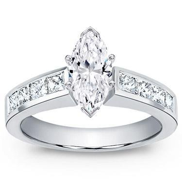 1.42 ct TW Marquise Cut Diamond Engagement Ring in Platinum in Size 3.5