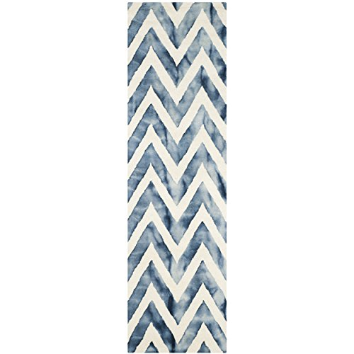 Safavieh Dip Dye Collection DDY715P Handmade Chevron Stripe Watercolor Ivory and Navy Wool Runner (2'3