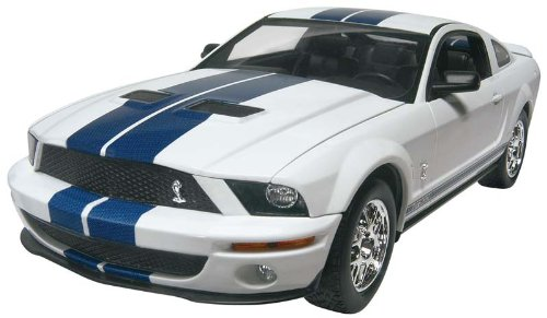 2007 Gt500 Shelby Ford (Revell 1:25 `07 Shelby GT500)
