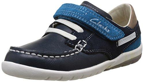 f79de13a70f0b Clarks Softly Flag Fst - Zapatos de cordones de cuero para niño azul Bleu  (Navy Combi) 21  Amazon.es  Zapatos y complementos