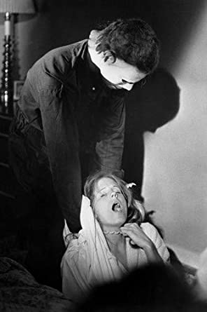 Halloween 2020 Strangle P.J. Soles in Halloween being strangled by Michael Myers 11x17