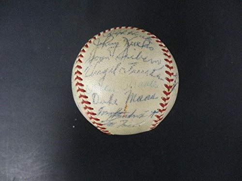 (30) 1958 New York Yankees Team-Signed Baseball Autograph Auto AF01909 - PSA/DNA Certified - Autographed Baseballs ()