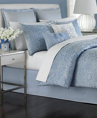 Martha Stewart Collection Periwinkle Dream 6 Piece California King Comforter ()