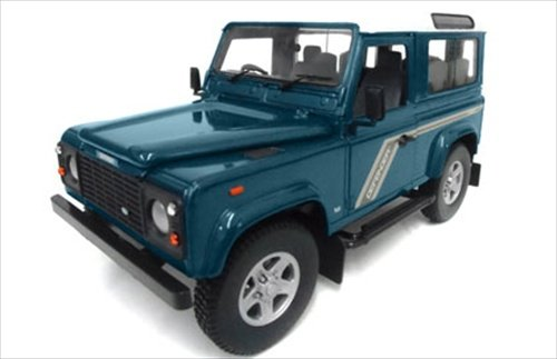 (Land Rover Defender 90 Station Wagon Blue 1/18 by Universal Hobbies 3886)