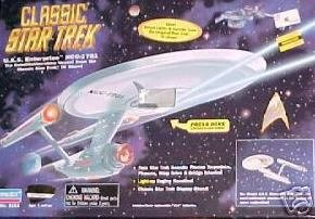 (Classic Star Trek U.S.S. Enterprise With Actual Lights and Sounds)