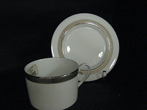 - KATE SPADE NOEL PLATINUM TEA CUP AND SAUCER