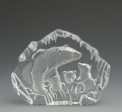 VG Engraved Lead Crystal - Polar Bear Family (Polar Crystal Sculpture)