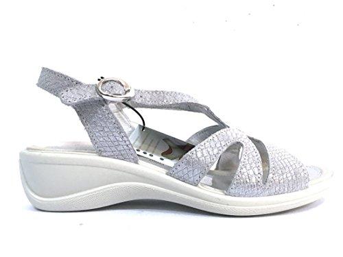 Sandalo in Camoscio Laminato Argento N. 37