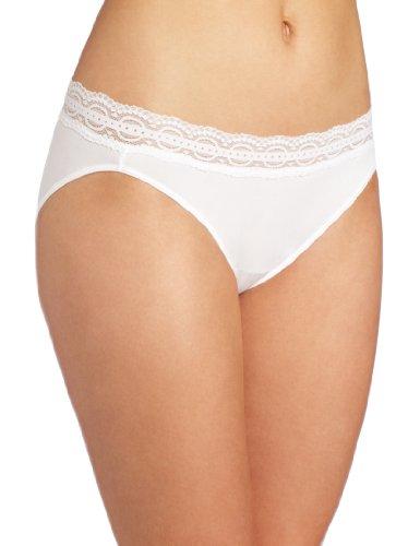 2f8009f7edb5 Vanity Fair Women's Illumination with Lace Bikini Panty 18208, Star White, 6