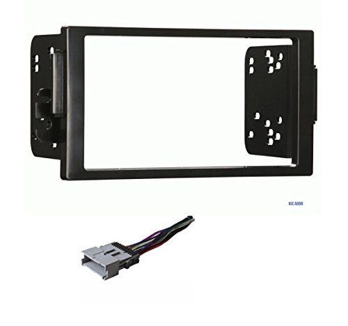 (Car Stereo Dash Kit and Wire Harness for Installing a new Double Din Radio for 2004-2005 Saturn Ion and Vue)
