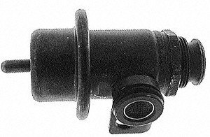 Standard Motor Products PR92T Fuel Pressure Regulator (Smart Parts Impulse Regulator)