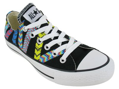 Converse The Chuck Taylor All Star Friendship Bracelet Sneaker in Black,9,Black