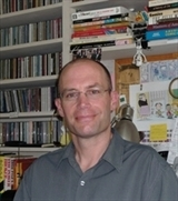 Lincoln Peirce, author of Max and the Midknights