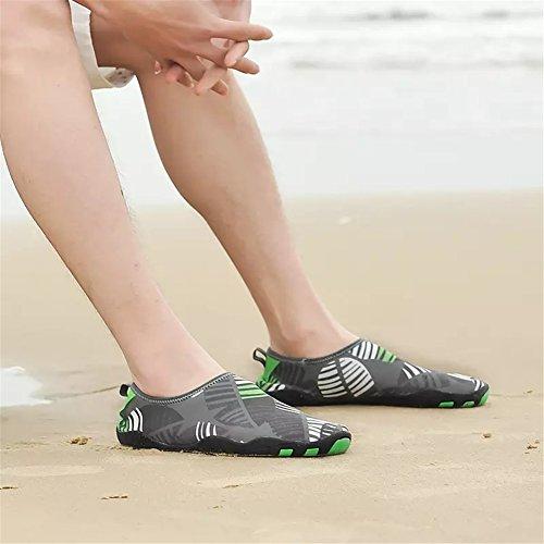 kissavi Badeschuhe Schwimmschuhe Damen Herren Aquaschuhe Surfschuhe,Sommer Wasserschuhe Barfuß Schuhe Rutschfeste Neoprenschuhe Grau-F