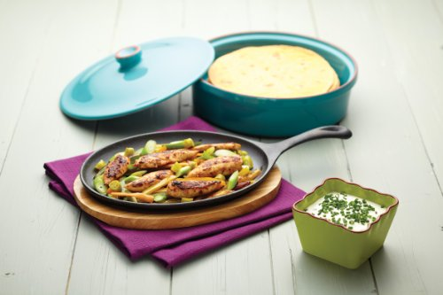 Cast Iron Fajita Sizzler with Wooden Stand by World of Flavours (Image #2)