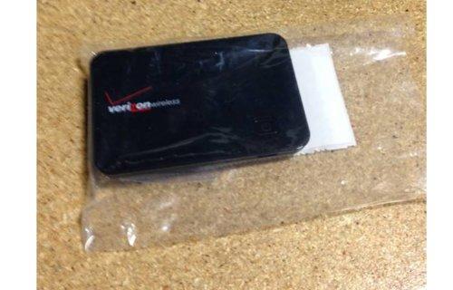 Novatel MiFi 2200 Mobile Wi-Fi Modem (Verizon Wireless) 3G High Speed Hotspot