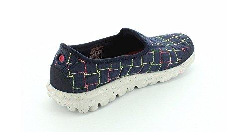 Para mujer Skechers Go Walk Snuggle 13763 resbalón en el zapato Navy Multi