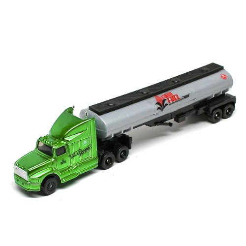 Corn Fuel Tanker * On the Road Series * Maisto Highway Haulers 2010 Fresh Metal Die-Cast Tractor Trailer / Semi Truck Vehicle Collection