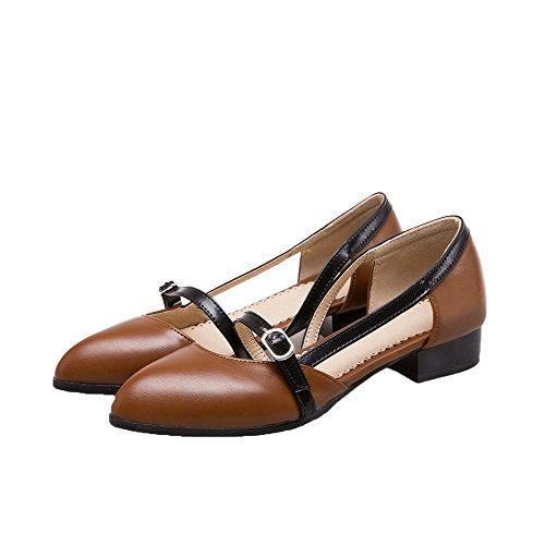 VogueZone009 Women's Low-Heels Round-Toe Soild Microfiber Pumps-Shoes Brown FDFV9j0pt