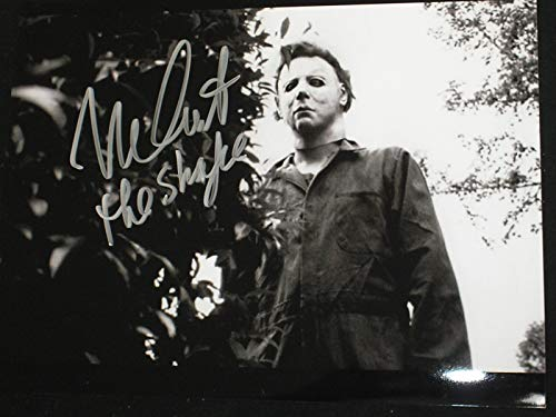 (Nick Castle Signed Michael Myers 8x10 Photo Halloween The Shape)