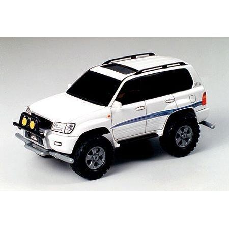 Tamiya America, Inc 1/32 Toyota Land Cruiser 100, TAM19021