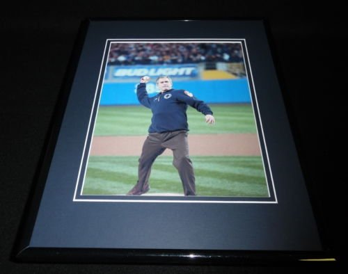 george-w-bush-2001-world-series-1st-pitch-new-york-yankees-framed-8x10-photo