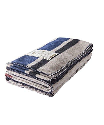 "Woolrich Americana Jacquard Wool Blanket (46""x70""), EAGLE..."
