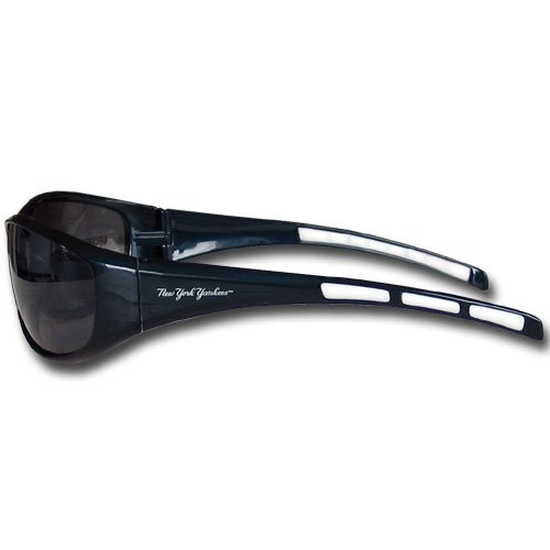 New York Yankees Wrap Sunglasses (New York Yankee Gifts)