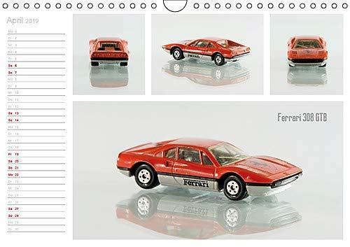 Bespielte Kindheitserinnerungen Wandkalender 2019 DIN A4 quer : Modell-Autos erwecken bei vielen Erwachsenen Kindheitserinnerungen Geburtstagskalender, ...