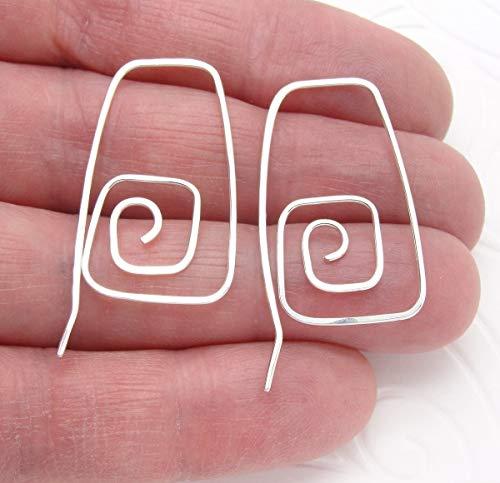 Sterling Silver Hoop Earring in Square Spiral ()
