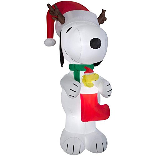Peanuts Lighted Snoopy Christmas Inflatable10-ft x -
