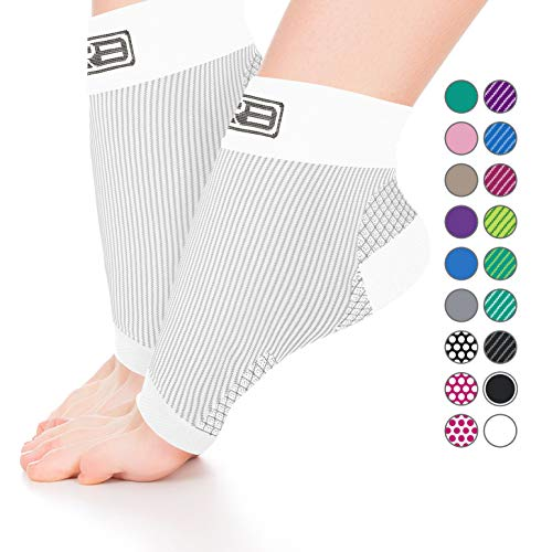 GO2 Compression Sock Ankle Sleeve Men Women - Best Plantar Fasciitis Arch Support, Injury Recovery, Injury Prevention - Relief from Joint Pain, Foot Pain, Swelling, Achy Feet (White, Medium)