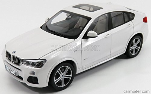 BMW X4 (F26 ) Mineral White 1/18 Diecast Model Car by Paragon 97093
