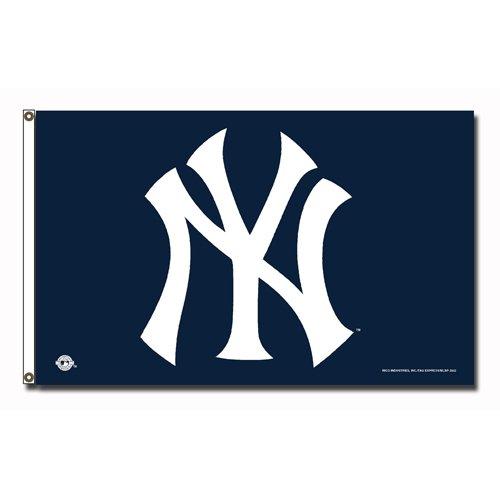USA Wholesaler - RIC-FGB4702 - New York Yankees MLB 3x5 Flag]()