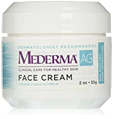 Aqua Glycolic Face Cream gently removes the dead skin cells from rough, dry, sun-damaged skin; smoothes the appearance of fine lines and wrinkles; and helps restore proper moisture balance