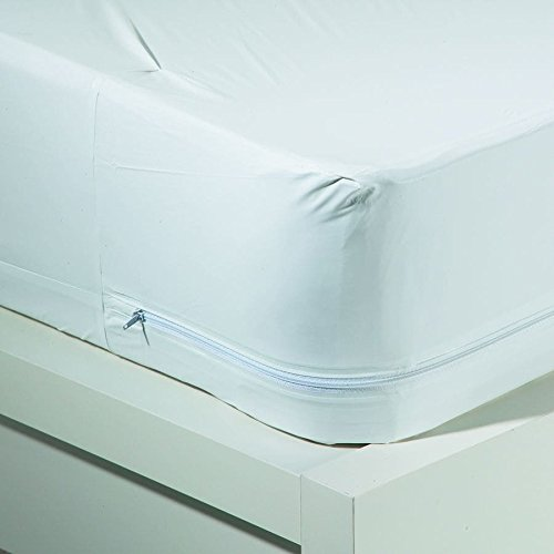 bed bath n more Hypo-Allergenic Bug Blocker Zippered Mattress Cover Full