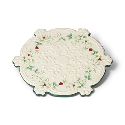 Pfaltzgraff Stoneware Trivet - Pfaltzgraff Winterberry Snowflake Trivet (9-Inch) - 5133807
