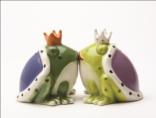 Kiss a lot of Frogs Royal Salt & Pepper Shakers Set (Frog Salt And Pepper Shakers)