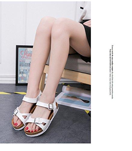 Sandalias de verano de las mujeres Zapatos Sandalias Planas Zapatos De Damas de plataforma Zapatos de la playa Blanco